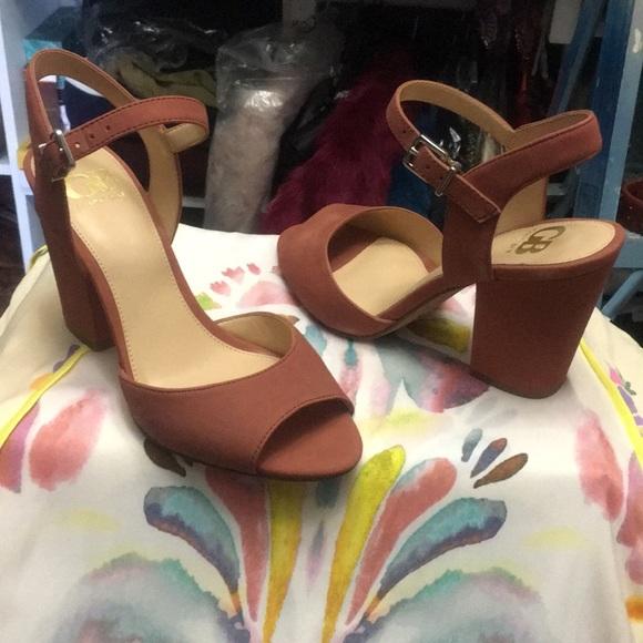4f1256c6e6de Gianni bini block Heel sandal 🌺